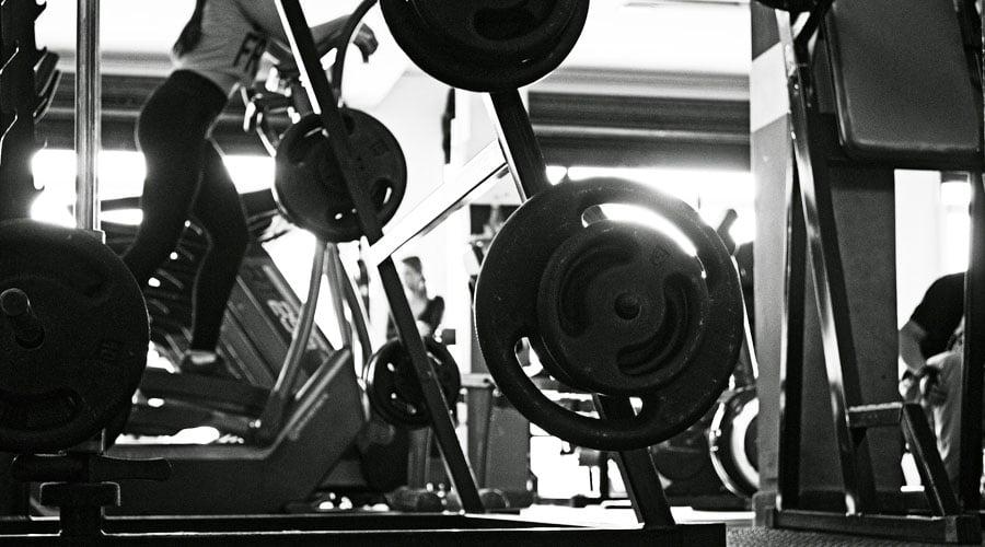 Consejos practicos para vencer la apatía de entrenar en el gimnasio