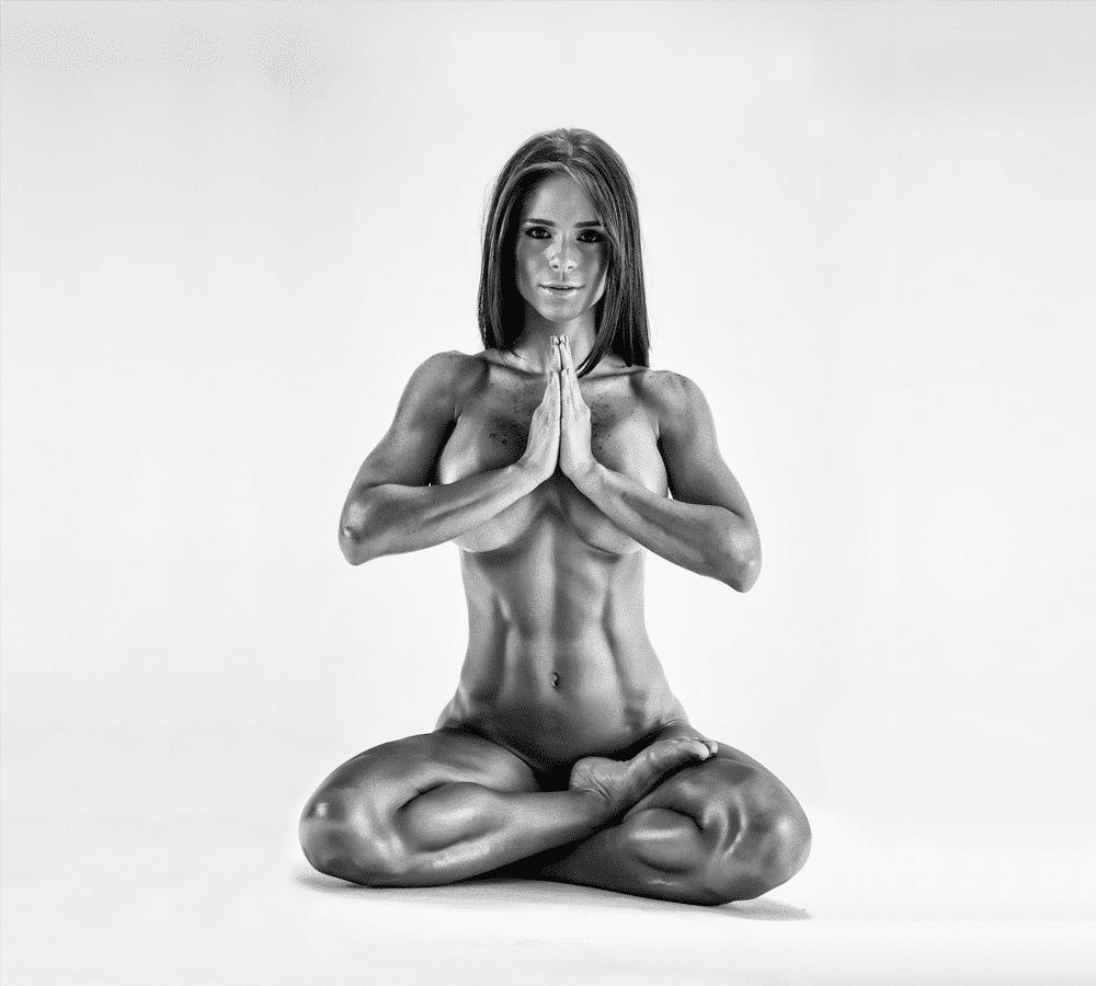 Top-5-de-mujeres-fitness-que-deberías-seguir-en-Instagram-MICHELLE-LEWIN