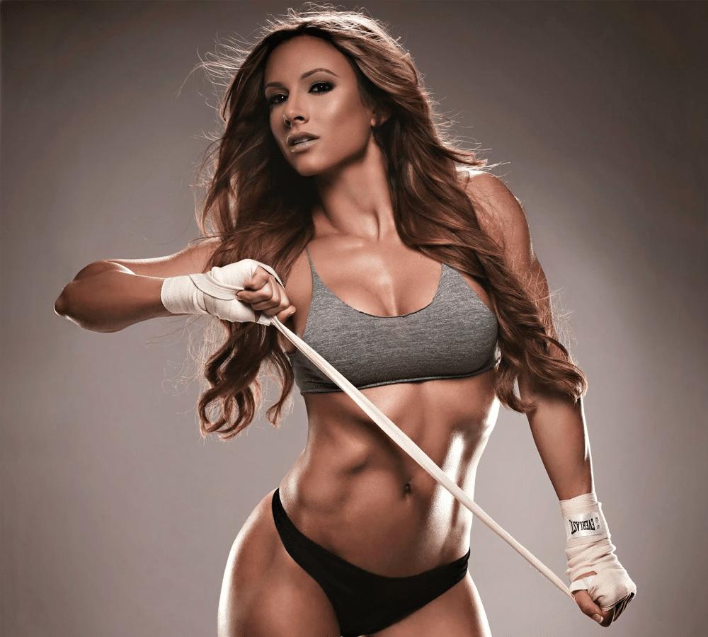 Top-5-de-mujeres-fitness-que-deberías-seguir-en-Instagram-PAIGE-HATHAWAY